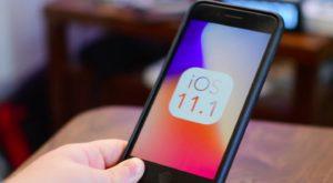 iOS 11.1 îți rezolvă toate problemele de autonomie la iPhone