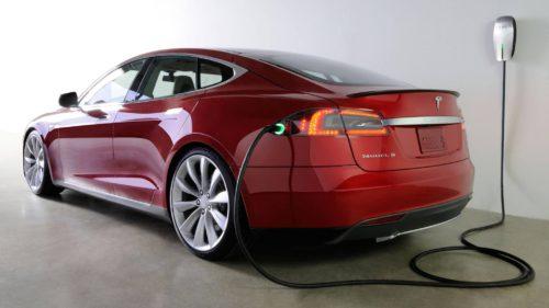 Tesla Model S cu hidrogen este mașina la care merită să visezi