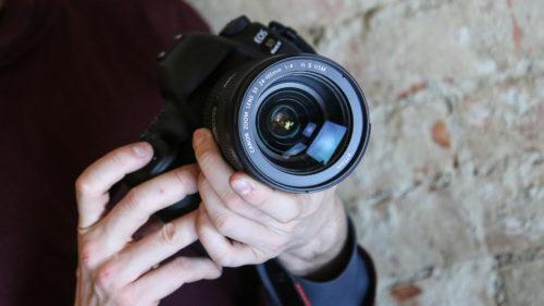 Cum îți păstrezi în siguranță conținutul foto-video pe care îl creezi