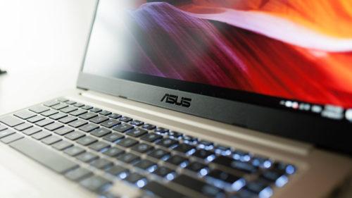 eMAG: reduceri bune la laptopuri resigilate