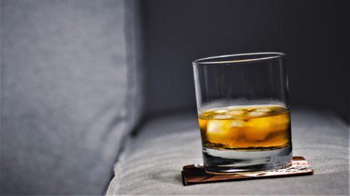 De ce whisky-ul este mai bun cu gheață
