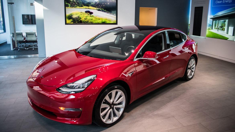 Elon Musk are victorii mari și pierderi imense cu Tesla