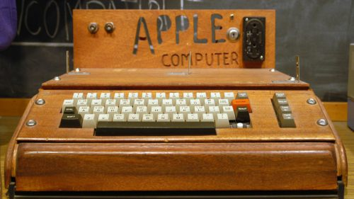 Computerul care a revoluționat tehnologia: 42 de ani de la Apple I