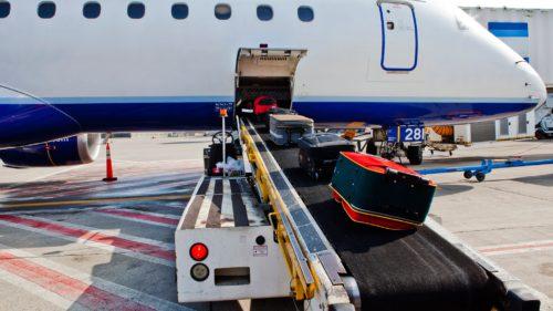 Pe unde trece bagajul tău când mergi cu avionul