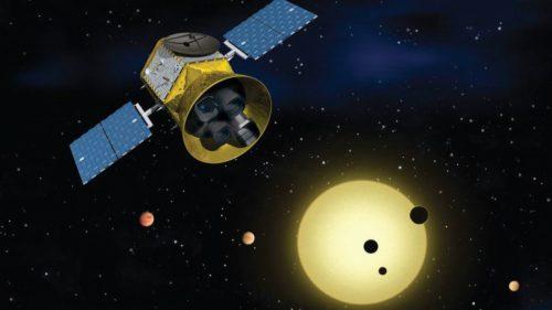 NASA lansează telescopul care să caute extratereștri cu ajutorul lui Musk