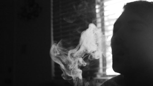 De ce țigările cu vitamine sunt, până la proba contrarie, o mare țeapă