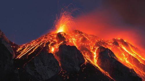 Imagini spectaculoase cu erupția vulcanului din Hawaii