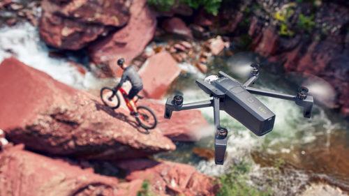 Parrot te face să vrei o dronă cu acest model compact și inteligent