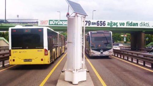 Invenția minune care generează energie datorită traficului auto
