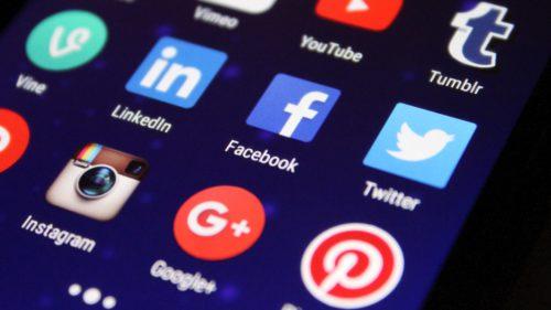 Câți bani se dau pe aplicații și care sunt cele mai căutate pe iOS și Android
