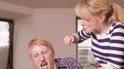 Cum a evoluat violența domestică spre noua generație