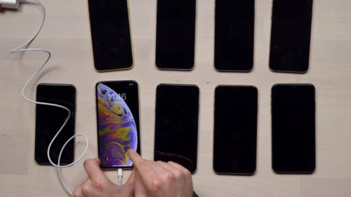 iOS 12.1 rezolvă cea mai rușinoasă problemă pe iPhone Xs și Xs Max