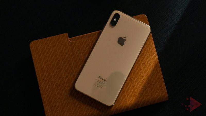 iPhone Xs și Xs Max se vând ca pâinea caldă: care e mai profitabil