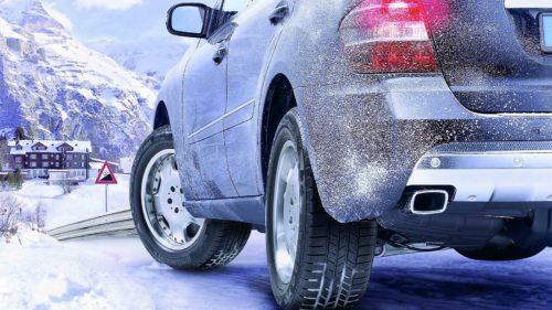 Cum protejezi iarna caroseria mașinii de murdărie și zgârieturi
