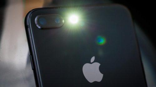 De ce crede Apple că o să ai nevoie de un iPhone când vine apocalipsa