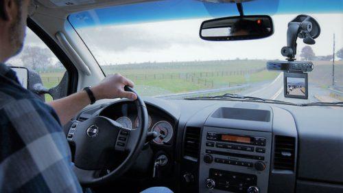 Lecție pentru toți șoferii: ce se întâmplă dacă filmezi un incident în trafic și când e inutilă proba video